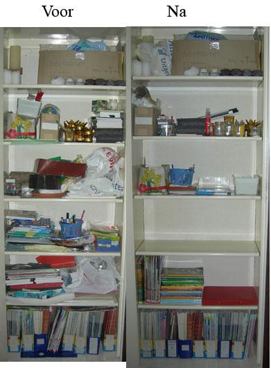 Kast met materialen voor de kindernevendienst voor en na het opruimen