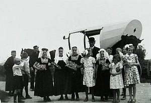 Kinderen van de zondagsschool op een zendingsfeest. Meliskerke, 1938. Bron: Beeldbank Zeeland